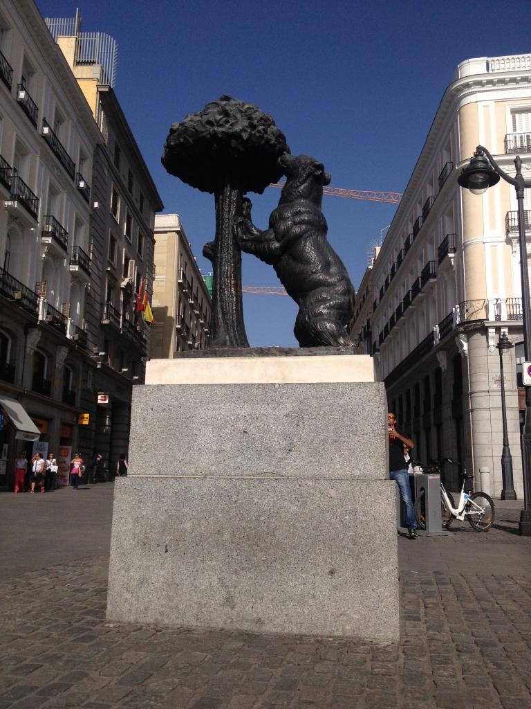 """""""Esto"""" es Puerta del Sol...nada."""